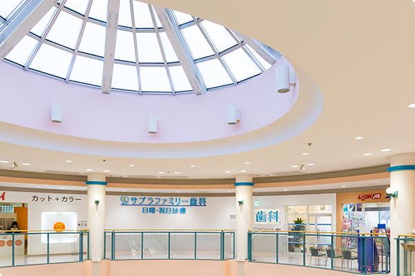 ショッピングモール内の写真